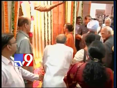 NTR Statue Inaugurated by Meira Kumar